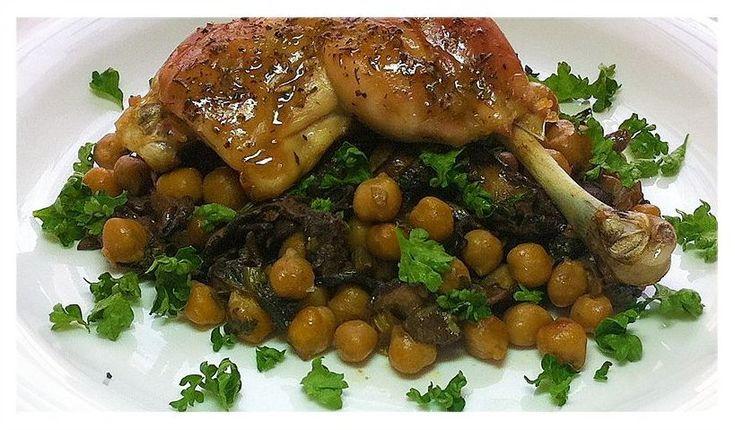 Kuře pečené na cizrně s hříbky