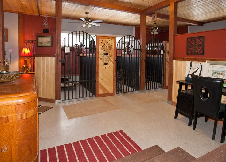 dog boarding kennels | Dog Boarding, Deluxe Dog Kennels, Whitefish, Montana, Dog Boarding ...