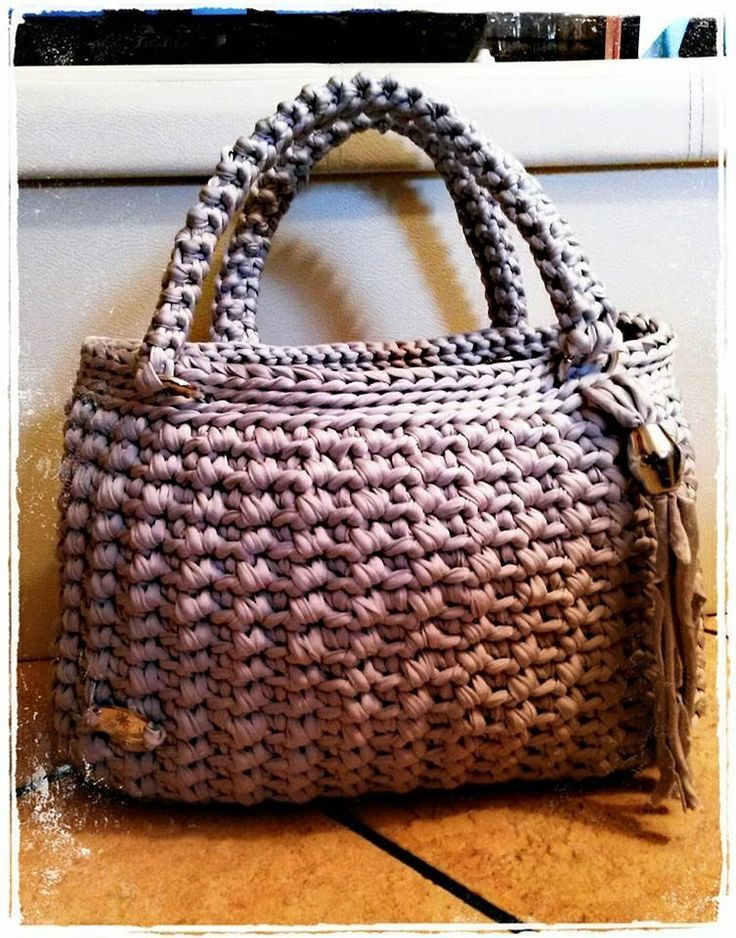 17 best images about bolsos trapillo on pinterest for Bolso crochet trapillo