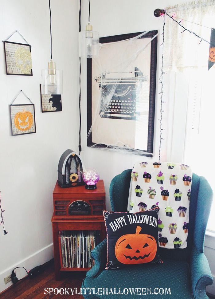 Best 25 halloween living room ideas on pinterest living - Decorate my living room online free ...