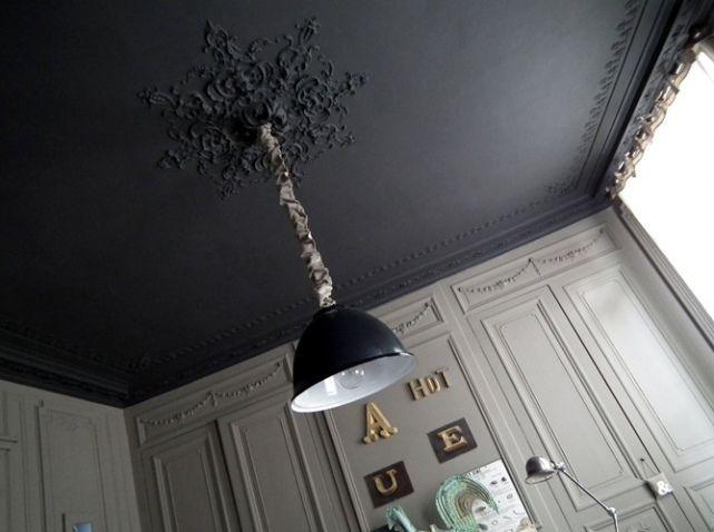 1000 id es sur le th me plafond noir sur pinterest plafond sombre et tuiles hexagonales. Black Bedroom Furniture Sets. Home Design Ideas