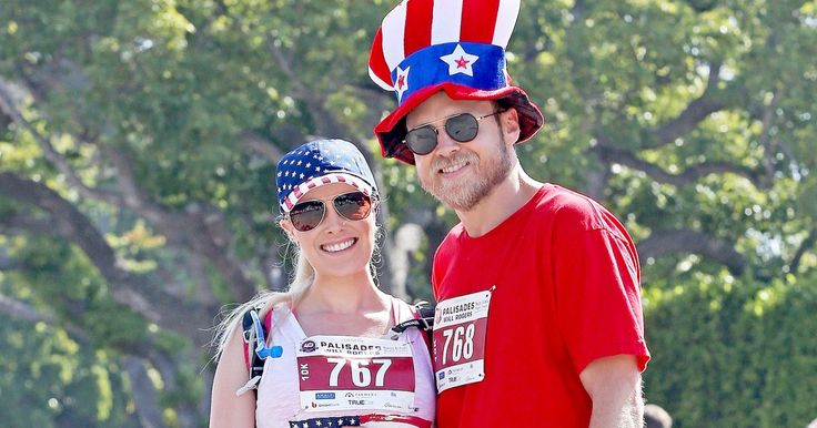 Stars, Stripes & a Baby Bump! Pregnant Heidi Montag Enjoys Adorable July 4 Run with Spencer Pratt