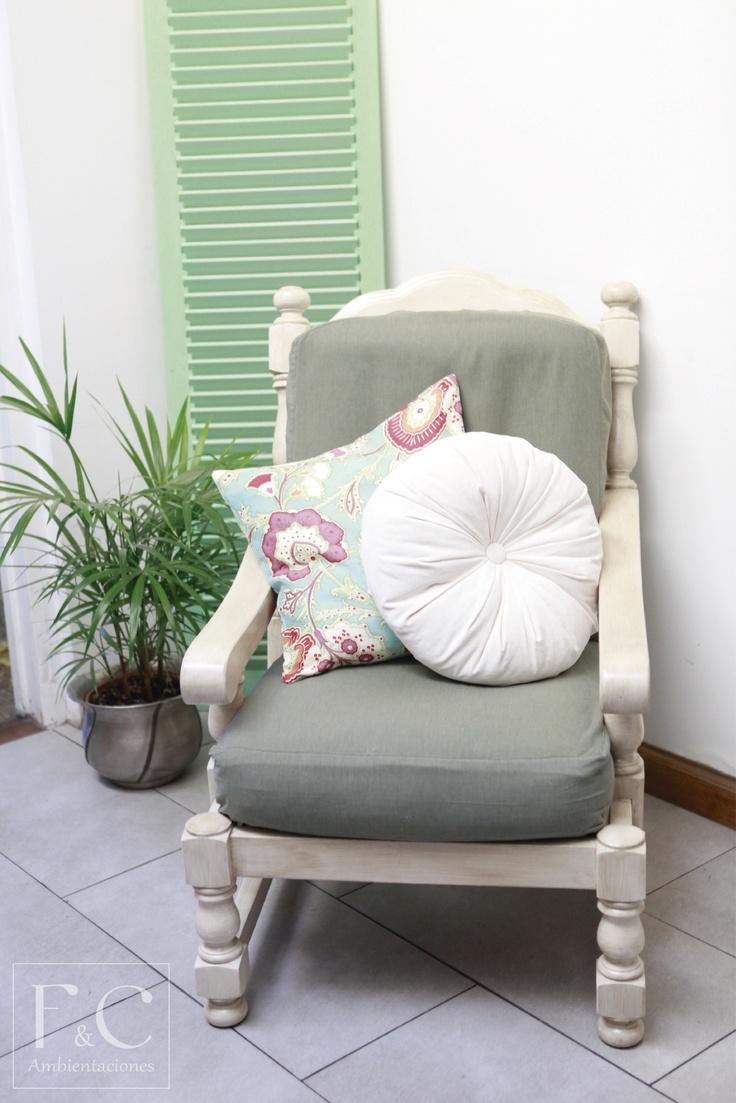 Sill n de algarrobo renovado realizando una p tina con - Como tapizar sofas ...