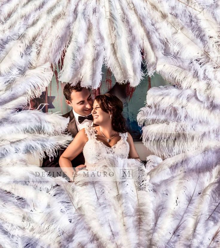 Wedding photos feathers love classic Marilyn