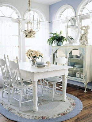 Shabby Chic Is About Balancing And Combining Old And Worn Things, Silver  And Shiny Objects Along With Painted Wooden Furniture (usually White And  Creams, ...