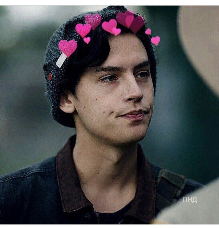 "Jughead Jones Wallpaper: Fc: Cole Sprouse ] ""uh, Hi There. I'm Cole. I Am Nineteen"