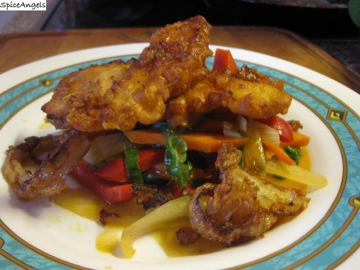 SpiceAngels: Csirkecsíkok sörbundában wokban pirított zöldségekkel