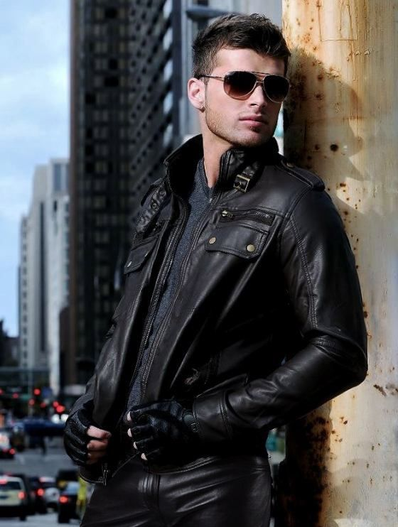 Hot guy in black leather pants http://liamhubpages ...