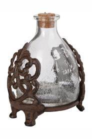 Üvegből készült darázscsapda öntöttvas tartóban.Mérete: magasság: 24 cm, szélesség: 17 cm, mélység: 15 cmSúlya: 2 kg