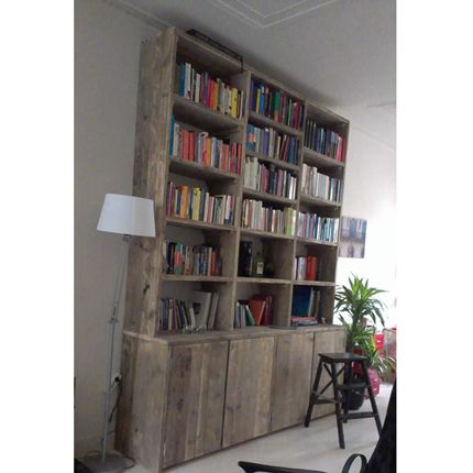 75 best bookshelves images on pinterest bookshelves bookcase and google - Decoratie binneninrichting ...