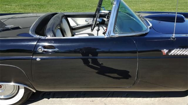 1955 FORD THUNDERBIRD HARDTOP V8 for sale, Muscle Cars, Collector, Antique, and Vintage Cars, Street Rods, Hot Rods, Rat Rods, and Trucks for sale by KC Classic Auto in Heartland, Midwest, Kansas City, Classic and Muscle Car Dealer, Museum and Storage