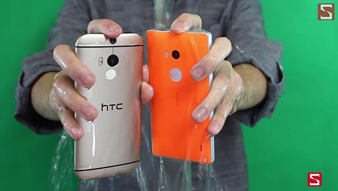 HTC One M8, Nokia Lumia 930: ALS Ice Bucket Challenge