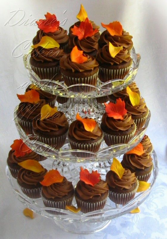 Fall Wedding  Cupcakes : cupcakes decorated with edible (gum  paste)  fall leaves