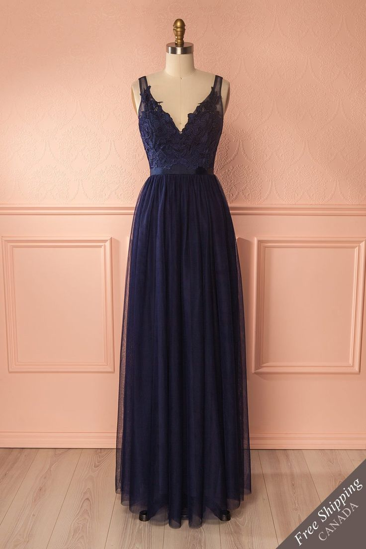 Néomie Navy from Boutique 1861