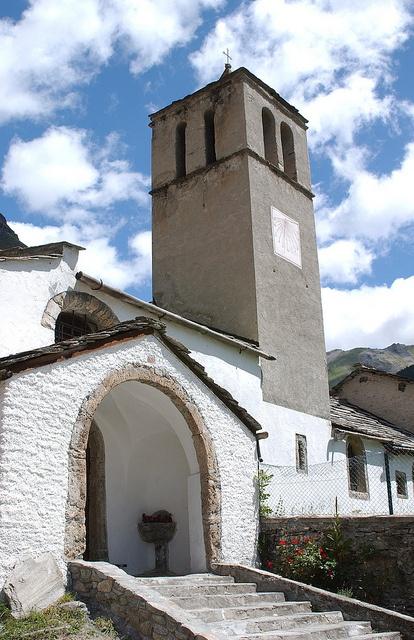 Chiesa di San Pietro a Rochemolles by Comune_Bardonecchia, via Flickr