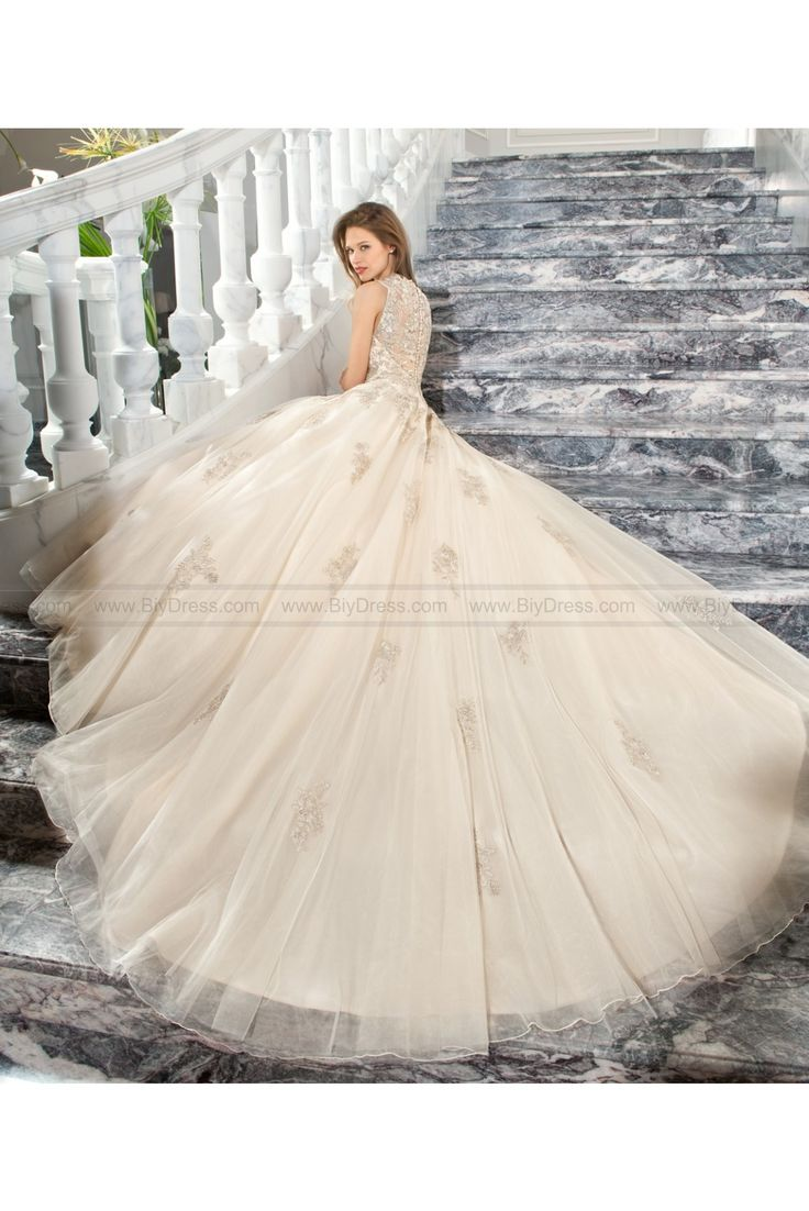 How much does demetrios wedding dresses cost