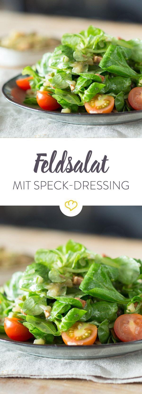 Klassische Vinaigrette wird hier mit Speck und Kartoffelstampf gemixt und setzt milden Feldsalat und süße Kirschtomaten so richtig lecker in Szene.