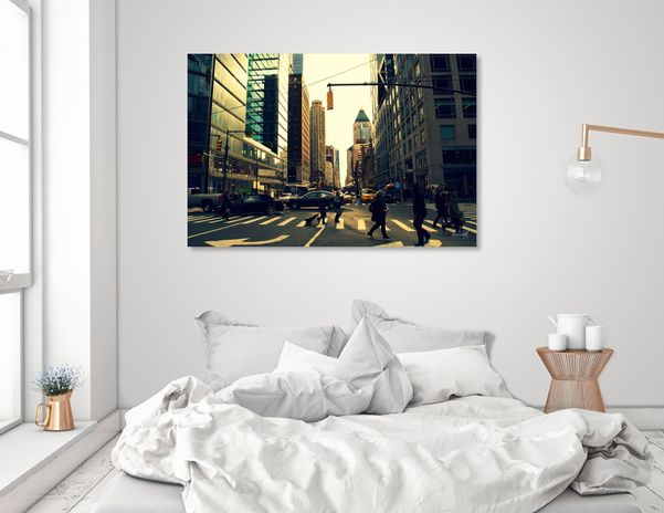 Discover «Walking in New York», Numbered Edition Canvas Print by Haris Kavalla - From 45€ - Curioos