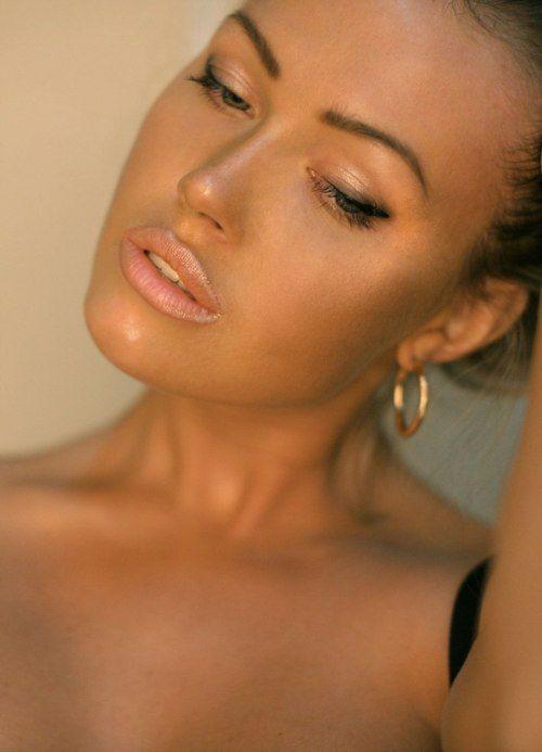 Amazing glowy makeup