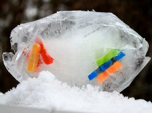 Brave the frigid frost and head out on an Icy Treasure Hunt! Outdoor activities like this are a great way to get kids up and moving during the winter months.