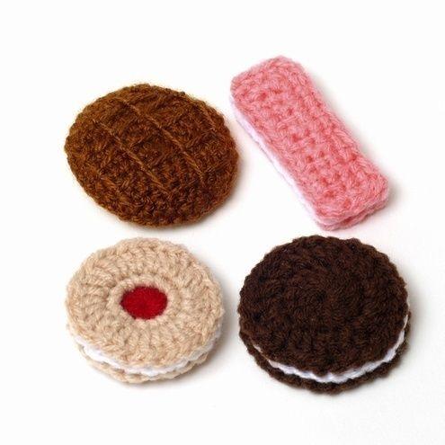 #crochet #amigurumi #food: jammie dodger, chocolate sandwich, milk chocolate digestive, pink wafer biscuits