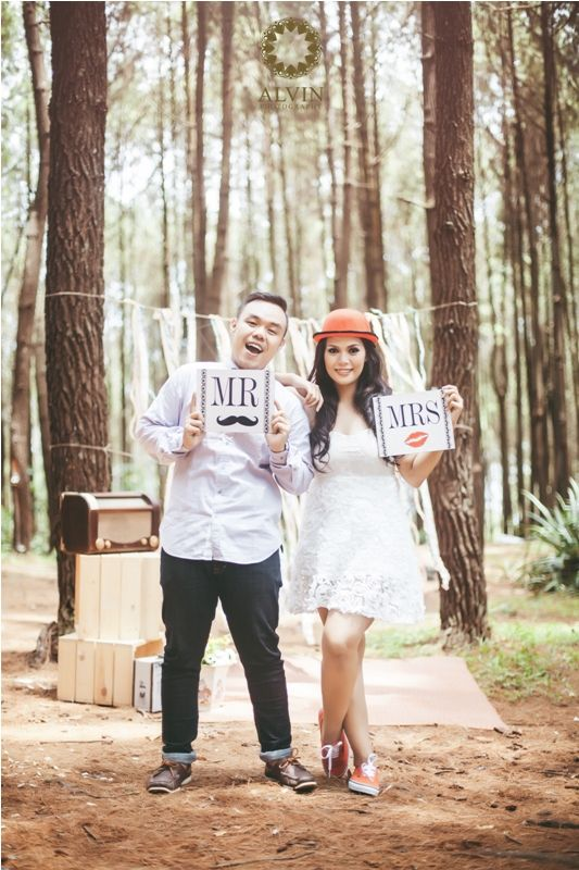 Mr & Mrs Happily Ever After #prewedding #weddingphotography #vintage wedding #vintage prewedding # vintage prewedding ideas