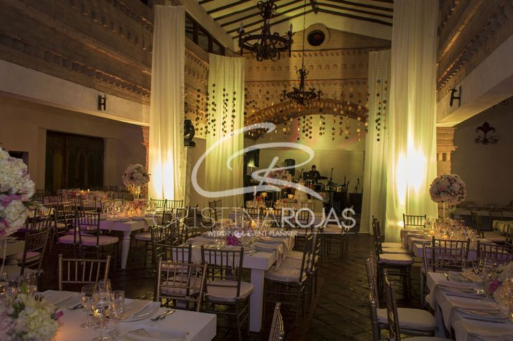 Design: Cristina Rojas C Wedding Planner: Cristina Rojas c #cristinarojas #weddingday #bodas #novios #amor #sueños #flores #design #weddingdesigner #haciendas #CRWedding #decoración #ambientacion #events #bodas #colombia #destinos #cristina+personal #produccion #musica #fotografia #exclusividad #maspersonal # Cristina Rojas + Personal https://www.instagram.com/cristinarojasevents/