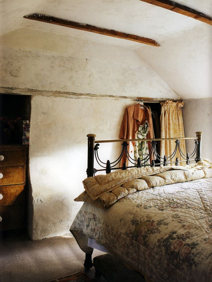 Beautiful to wake up to… a quietly elegant, yet rustic ...