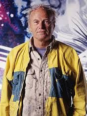 James Rosenquist is an American Pop artist whose paintings feature fragments of faces, cars, consumer goods, and other items in bizarre juxtapositions. With their realist rendering and attention to surface textures, his works take up the visual language of advertising and entertainment.