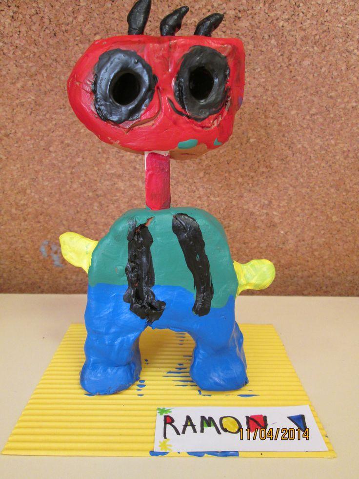 Escultura en arcilla inspirado en Joan Miró