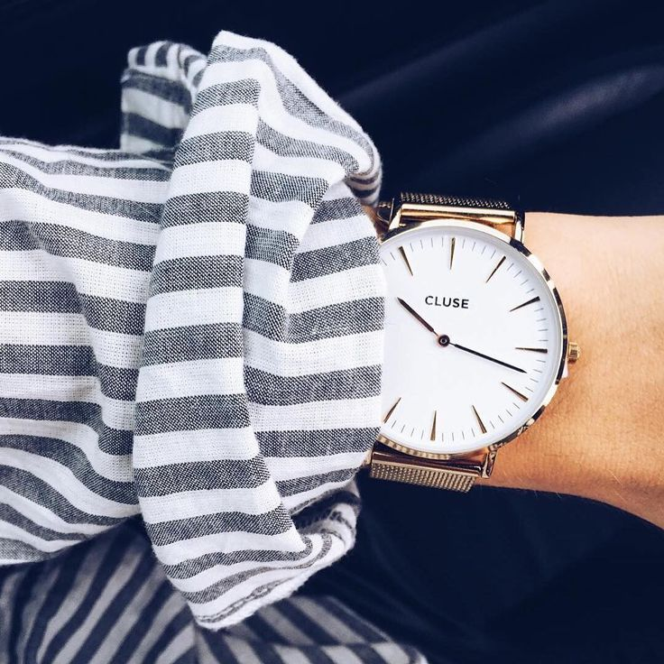 Add a little #rosegold to your Saturday evening look ✨ Find your next favourite timepiece at www.clusewatches.com #CLUSE