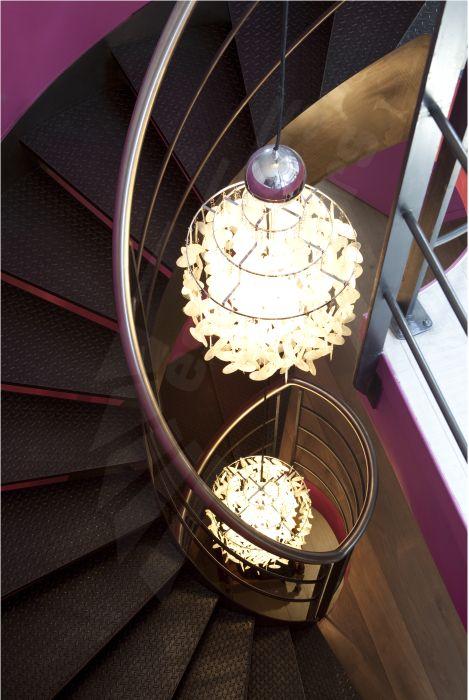 17 best images about un escalier en acier silencieux innovation et exclusivit escaliers. Black Bedroom Furniture Sets. Home Design Ideas