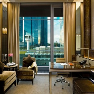 Berjaya Times Square Hotel Kuala Lumpur - Boutique Bed Room   Book now with extra 3% discount offer