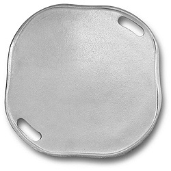 @Overstock - The Wilton Armetale pizza tray is ideal for baking or grilling and serving in the same dish. This oven-safe grillware keeps food hot longer and features a transitional style that will complement your current dinnerware.http://www.overstock.com/Home-Garden/Wilton-Armetale-Grillware-Pizza-Tray/5078180/product.html?CID=214117 $49.99
