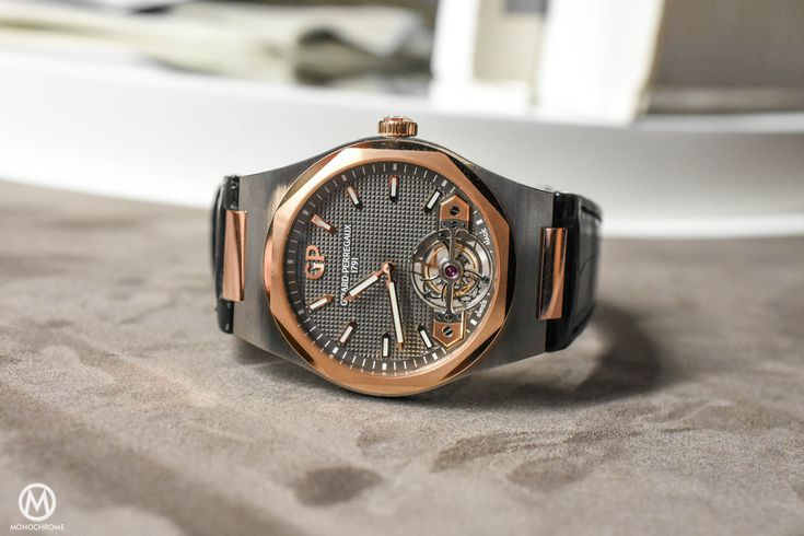 Live from SIHH 2017 – The new Girard-Perregaux Laureato collection ticks all boxes