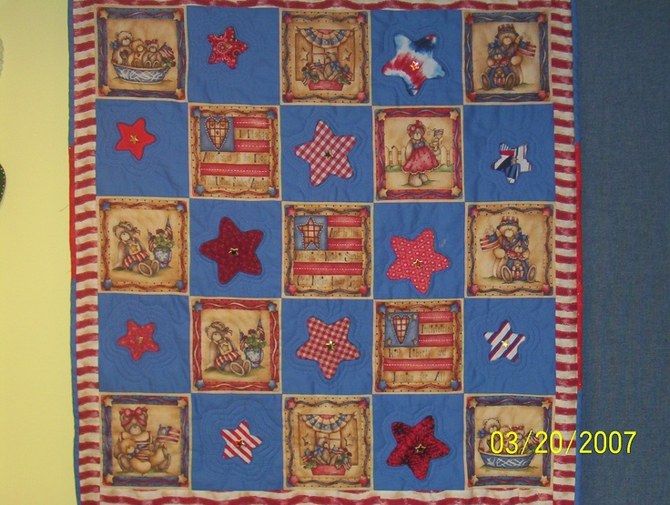 Red, White and Blue Patriotic Quilt,.   Hand quilted - March 2007