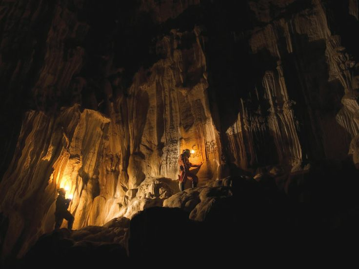 Grotta di Vigant - Nimis (Ud) The cave of Vigant, discovered more than a century ago, is very interesting from the geological point of view. Although its inner part can be visited just by expert speleologists, the entrance and the first part still worths a visit.