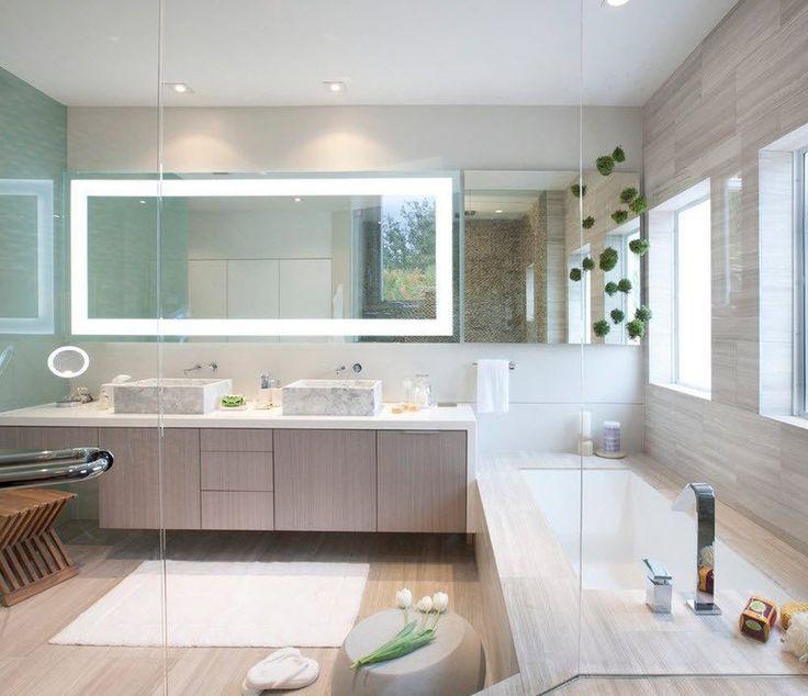 Один из самых простых способов визуального расширения ванной комнаты – добавить света.  В помощь верхнему освещению можно использовать контурное освещение зеркал и дополнительное точечное освещение. Рассеянный свет придаст пространству дополнительный объем. А скрытая подсветка будет красиво отражаться в зеркалах и других стеклянных поверхностях, что создаст дополнительные оттенки и свет.  Кстати, зеркала с подсветкой можно выбрать у нас здесь -->https://goo.gl/0ZPYdb  Если Вас не устраивают…