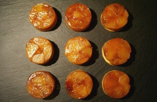 Pour la journée portes ouvertes de mon lycée, j'ai organisé pour mes élèves de seconde un atelier mignardises dont le thème était les tartelettes. Outre ces mini tatins aux pommes, au cours de cet atelier nous avons réalisé des tartelettes aux fruits,...