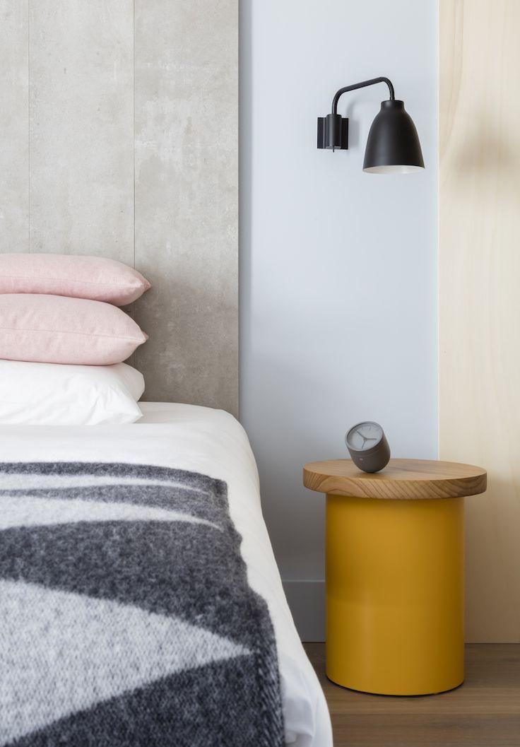 Caravaggio pared puede ser usada adecuadamente en una amplia gama de tareas de iluminación, por ejemplo, en la sala de estar, en un sitio de lectura, el corredor o como iluminación en el dormitorio.  http://www.nordika.mx/lamparas-caravaggio-pared-negro.html