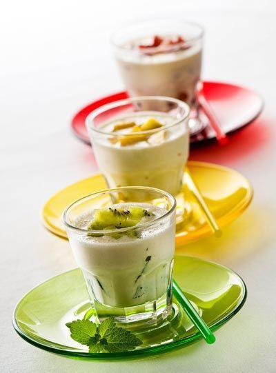 Abnehmen ohne zu hungern durch sättigende Rezepte mit Haferkleie und Weizenkleie: Probieren Sie Buttermilchshakes mit Kleie ...