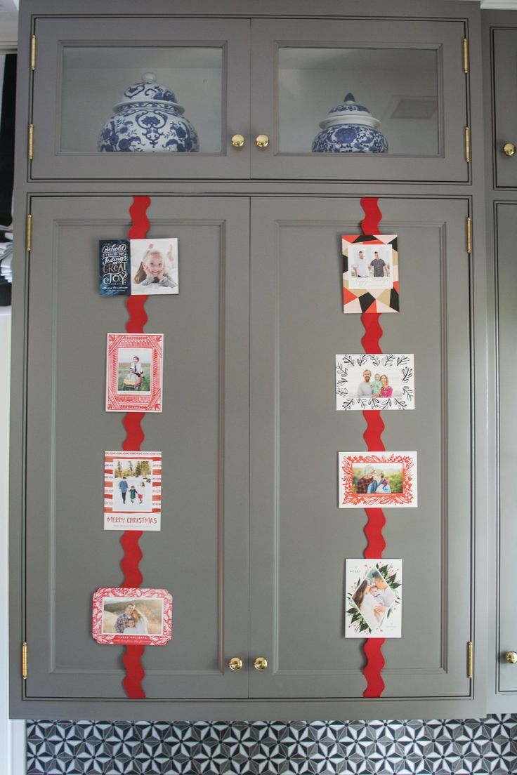 Steal This Smart Way to Display Your Holiday Cards — Kitchen Hang-Ups