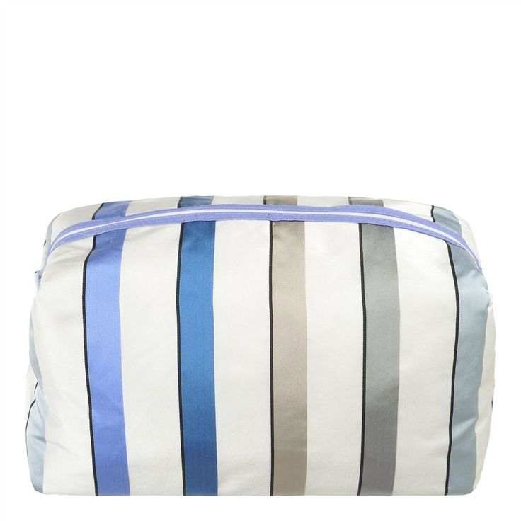 designers guild ventaglio wedgwood large toiletry bag