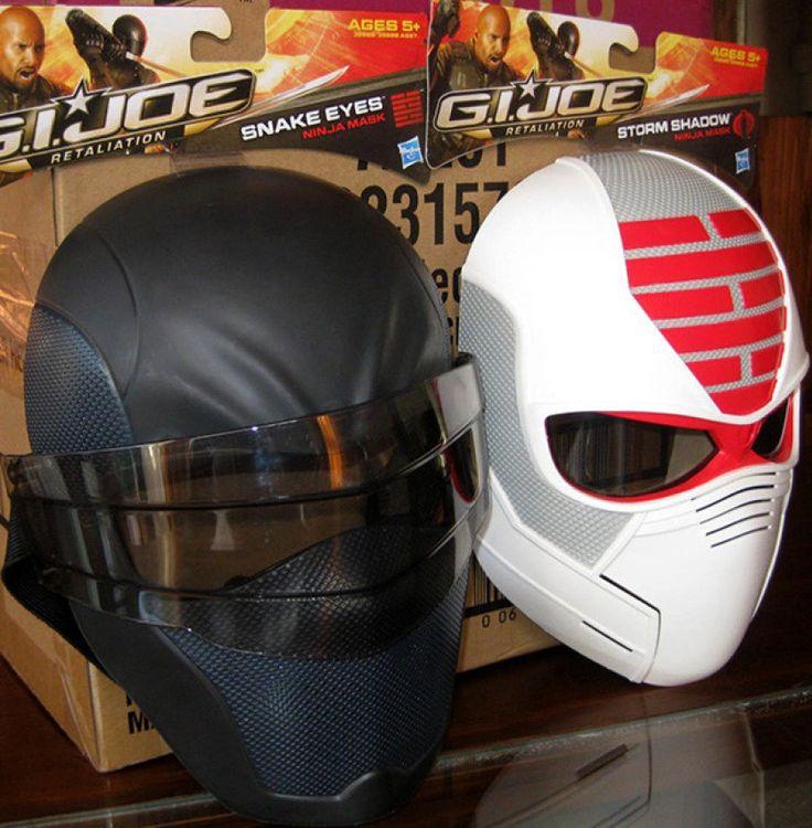 Máscara ninja de G. I. Joe - Storm Shadow y Snake Eyes - portal #Ñoño .---.-.-.-...-.-----....--....-.-.-....-.-.-..--.-.  ,.-.-....---....-..-.-..--....----.-.-..-.-.-.-.-.-.. ..-.-..-.-. -.-....-.-.- -..-.-.  Máscara ninja de GI Joe. 2 modelos: Storm Shadow y Snake Eyes. Medidas infantiles (23 x 16 cms; 5 a 10 años aprox).