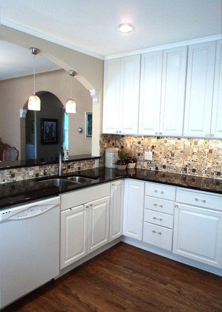 White Kitchen With Gl Mosaic Backsplash Contemporary