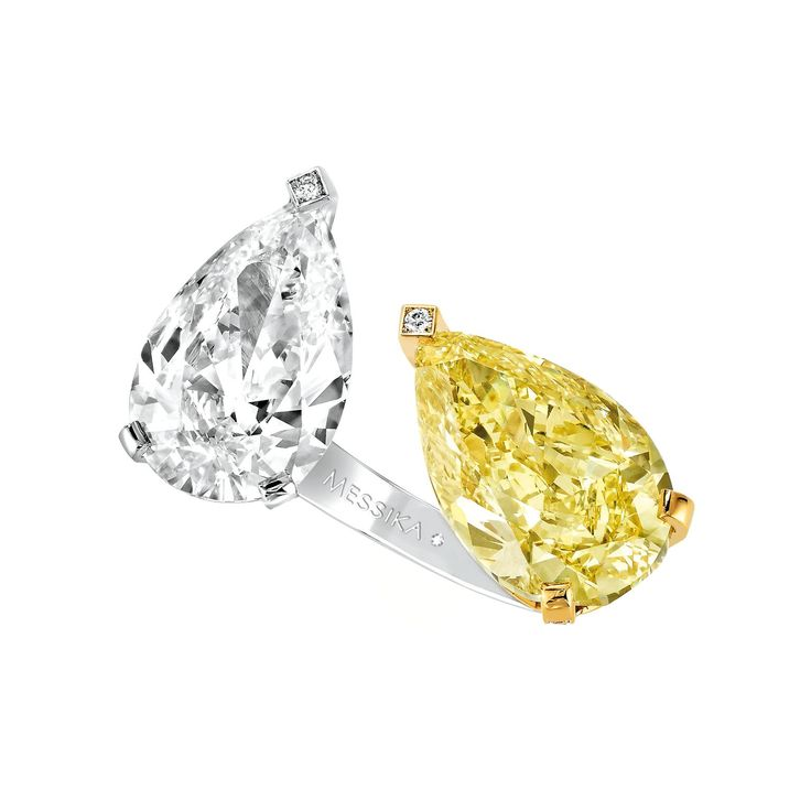 Messika's toi et moi ring is set with an 8-carat yellow diamond and 5-carat white diamond at unusual angles, giving it a very contemporary look. Discover the story and romance behind the famous and fashion toi et moi ring, a jewellery trend has been around for centuries: http://www.thejewelleryeditor.com/jewellery/article/true-romance-toi-et-moi-rings/ #jewelry