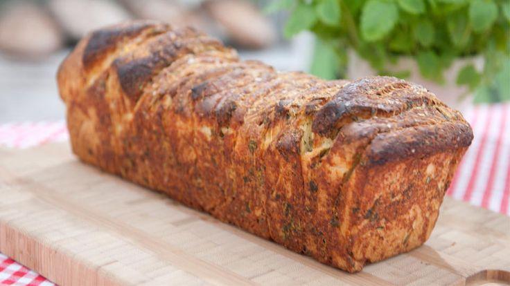 Cheese bread - omnomnom!