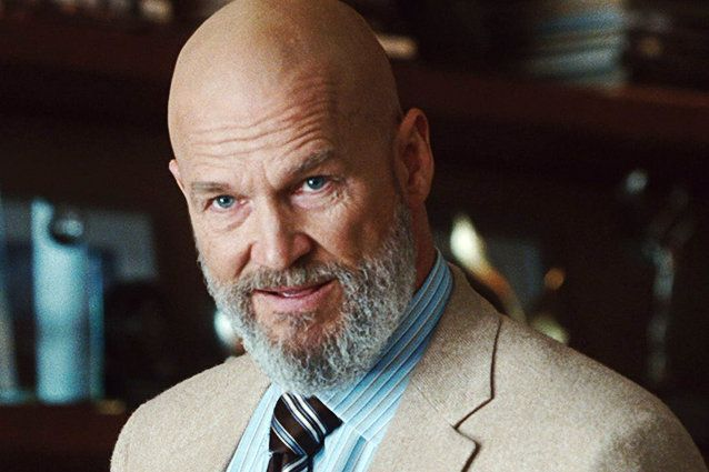 In the first Iron man we discovered that Obadiah Stane was supplying terrorists with weapons and hired the Ten Rings to kill Tony Stark. Jeff Bridges was a huge fan of the comic-books growing up so he knew he needed to do two very important things: He shaved his head and grew a gray beard for the role.