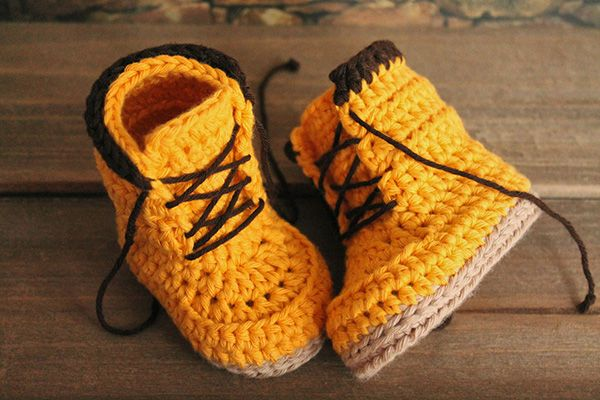 Amigurumi Shoe Tutorial : 323 best images about crochet socks and shoes on Pinterest