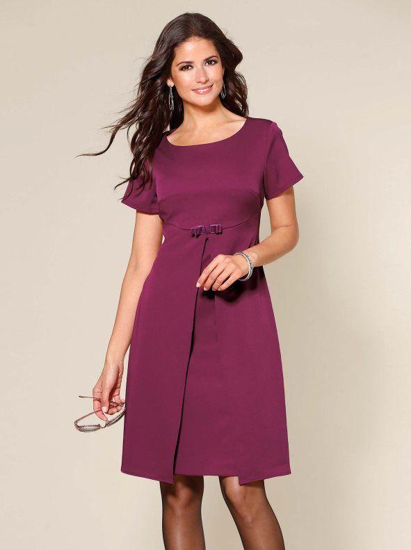 Vestido manga corta con lazo tejido elástico. Destila elegancia infinita mostrando tu estilo femenino con este impecable vestido